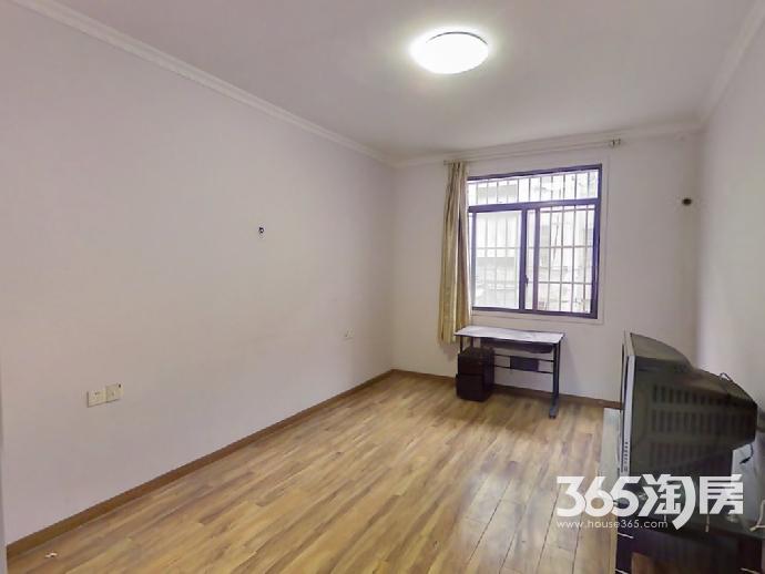 金陵公寓65平方产权房精装8栋2单元204钥匙在手牵手