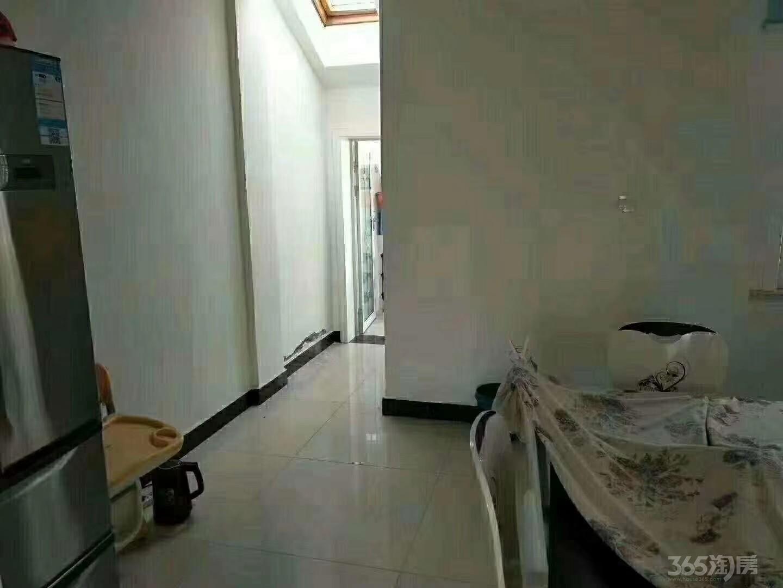 梁郢小区2室2厅1卫100平米2016年产权房精装
