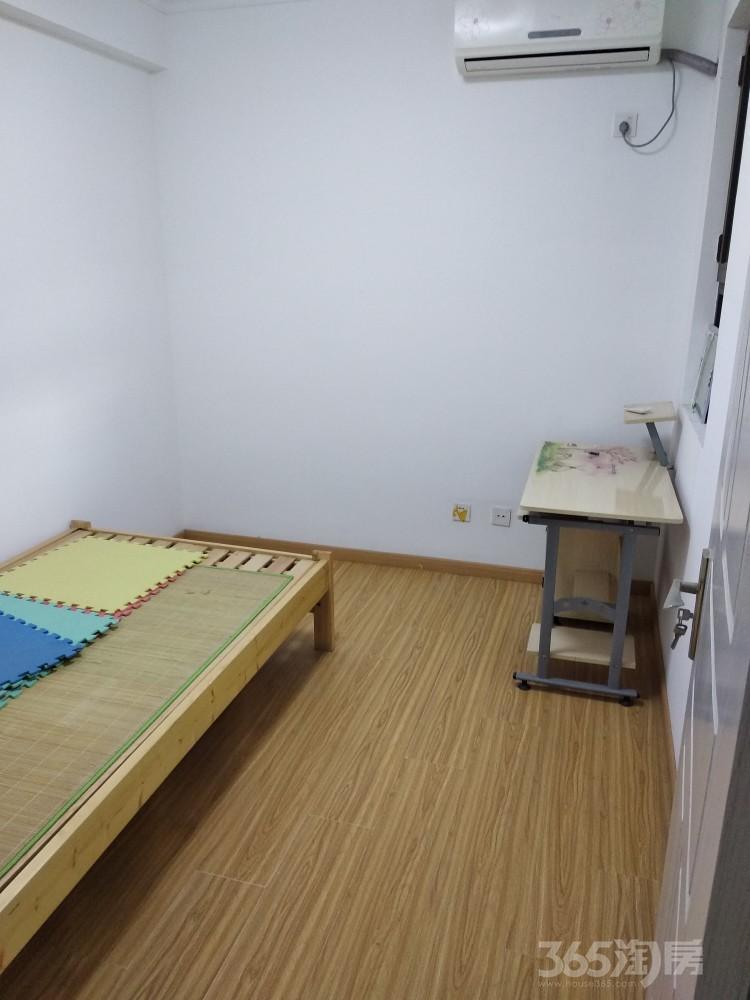 天正理想城2室2厅1卫74平米整租中装