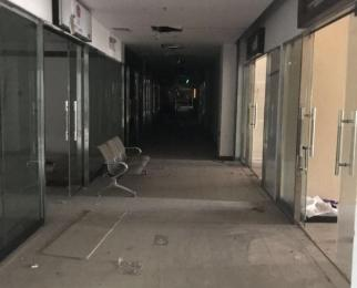 鼓楼商圈 1600平 整层租 价格空间大 整形医院 旗舰店看房随时