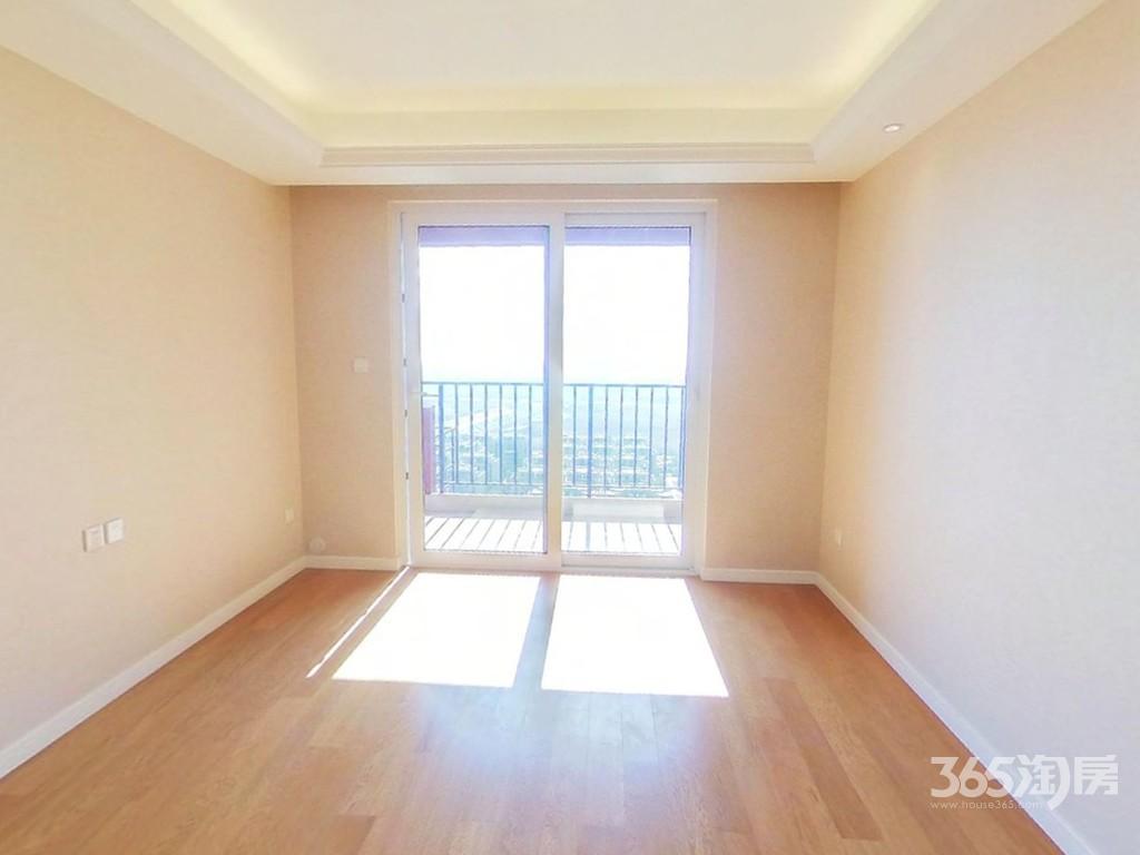 蓝溪郡3室1厅1卫88平米精装产权房2018年建