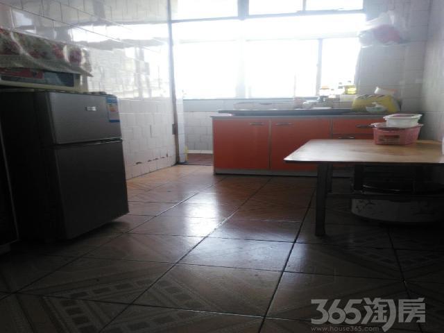 团结新村3室1厅1卫92.57�O2008年满两年产权房精装