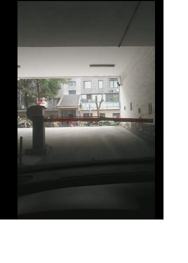 华侨绿洲二期车位出租