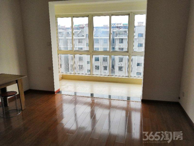鸿裕华庭4室3厅1卫143平米整租精装