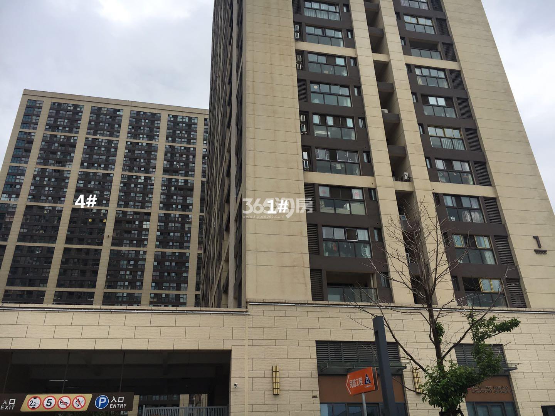 东方万汇城南区1、4号楼实景图(6.19)