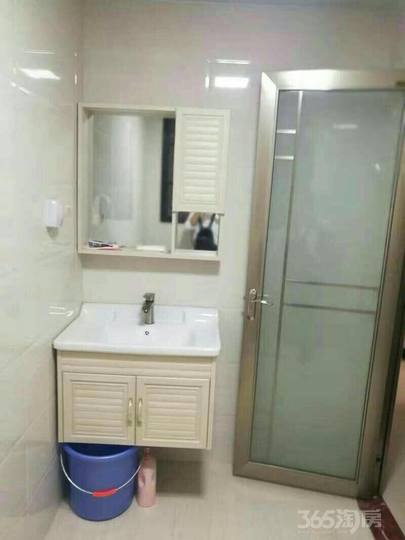 银投乾坤国际城3室2厅1卫87平米整租中装