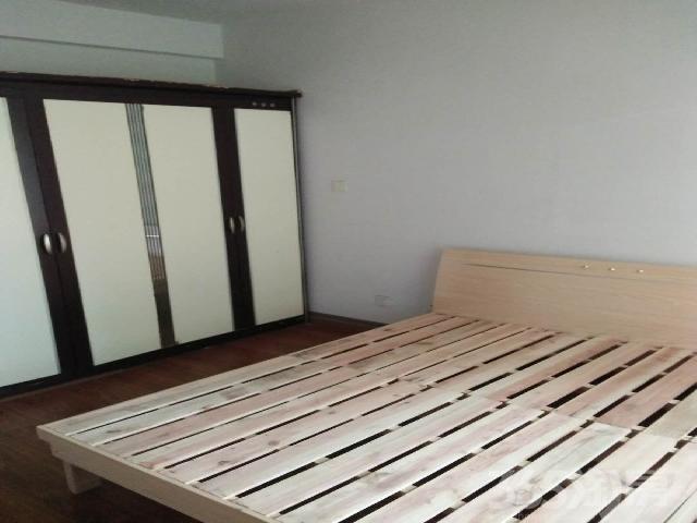 仙林悦城3室2厅1卫120�O2014年产权房精装