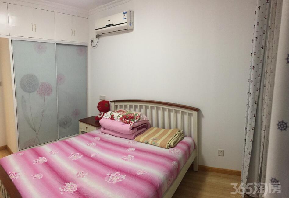 仙林悦城3室2厅1卫113.13�O2014年满两年产权房精装