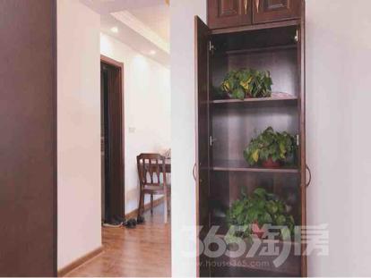 世茂荣里3室2厅1卫89平米整租豪华装