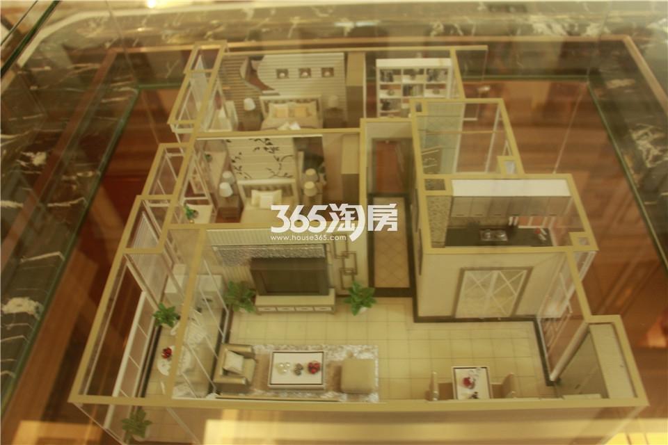 D户型两室两厅一卫86平米