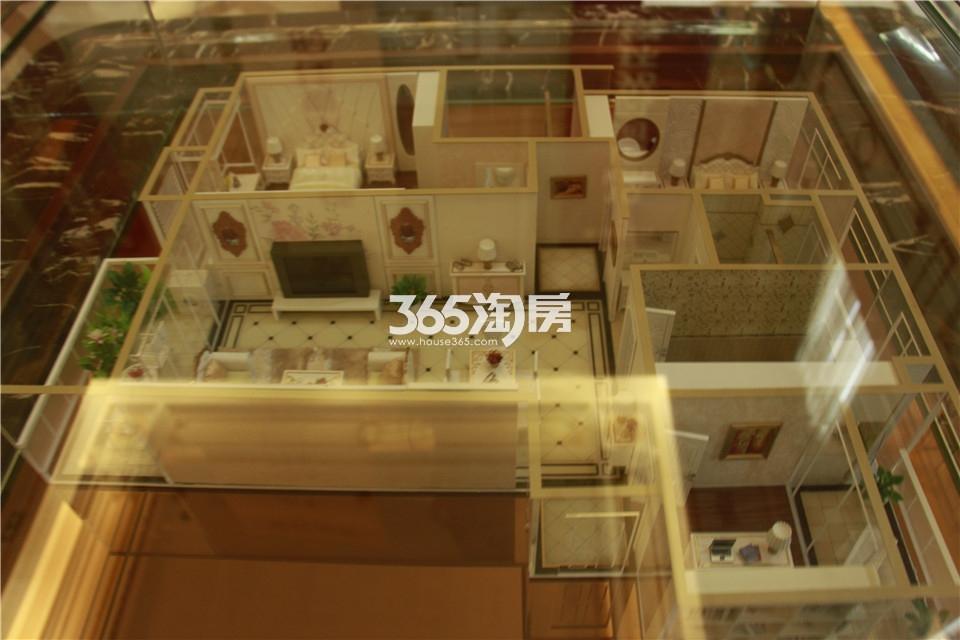 F户型两室两厅二卫111平米