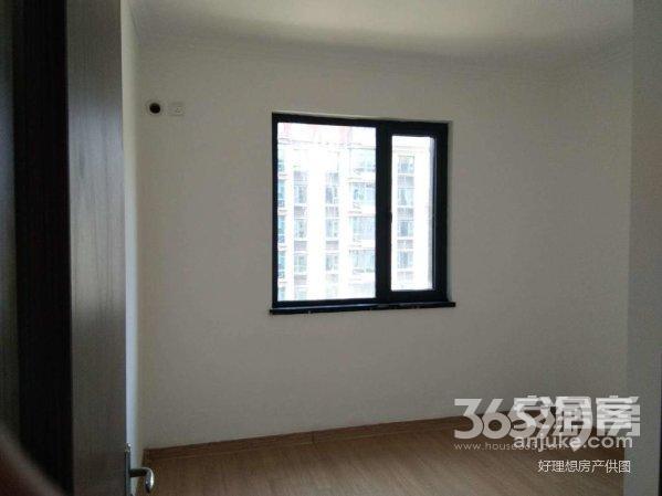 南京碧桂园4室2厅2卫140平方产权房精装