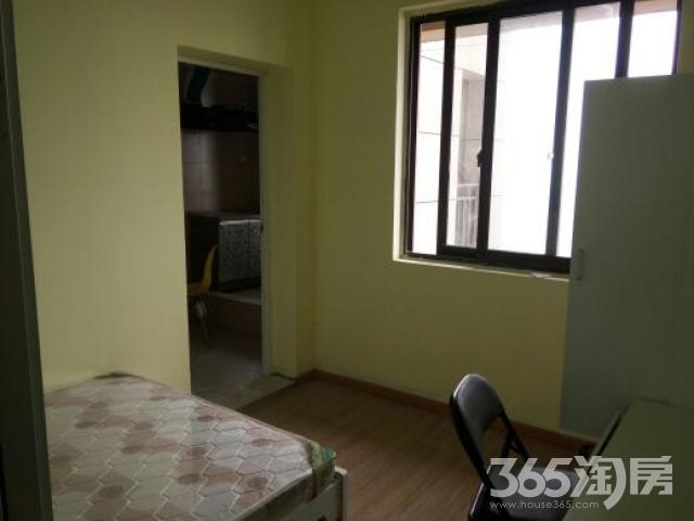 仓溢东苑1室0厅1卫20平米合租中装