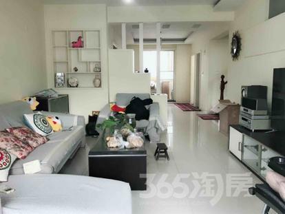 翠屏湾花园城4室2厅3卫160.00㎡300.00万元