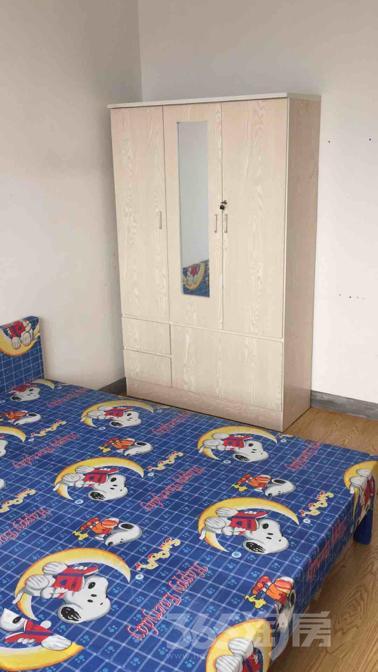 紫元尚园3室2厅1卫18平米合租中装