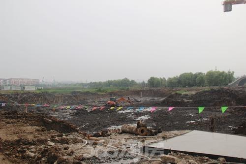 东方蓝海工程进度(2015年7月摄)