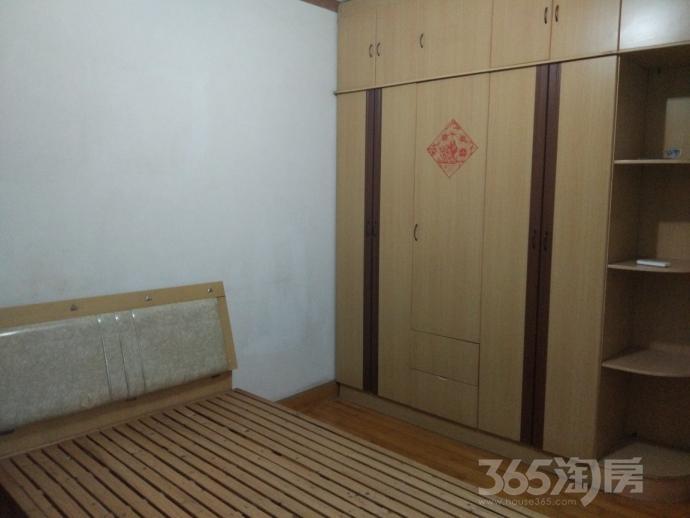 园丁二区2室2厅1卫70.5平米整租精装