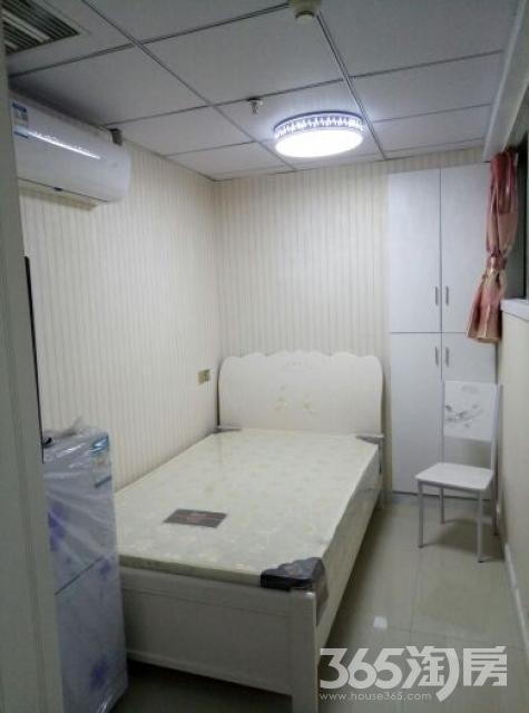 小河下1室0厅1卫15平米整租精装