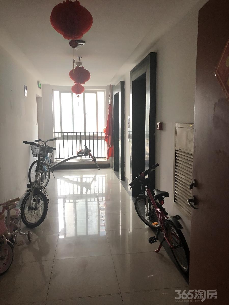 工业大学内人才公寓2室1厅1卫70平米整租精装