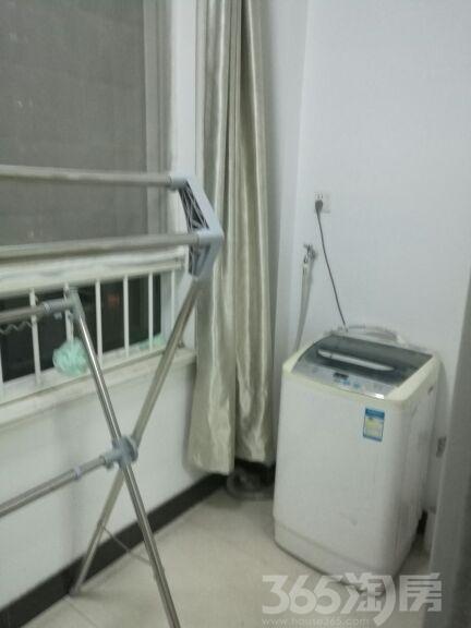 香缇湾花园2室2厅1卫95平米整租中装