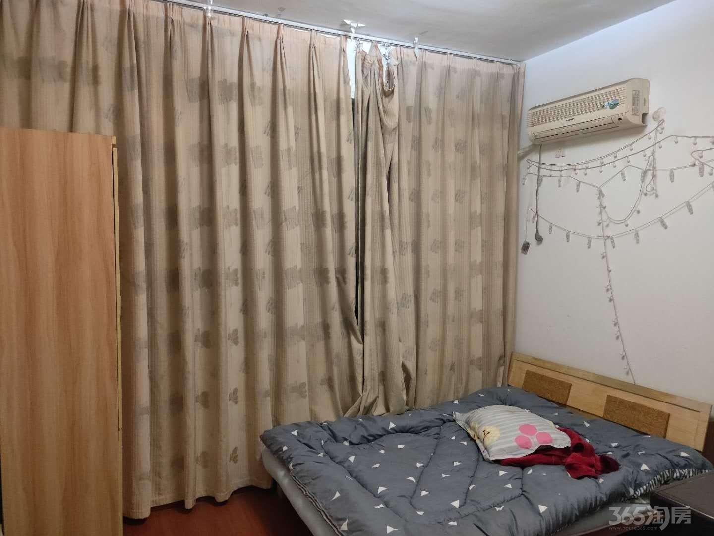 源祥广场3室2厅2卫110平米整租中装