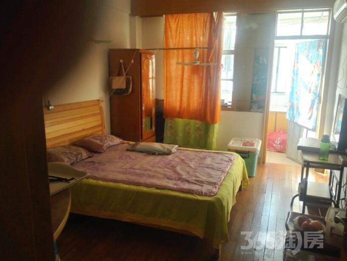 花园路70号1室1厅1卫35平米整租精装