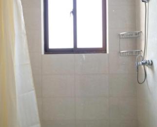 同曦新贵之都3室1厅1卫25平米合租精装