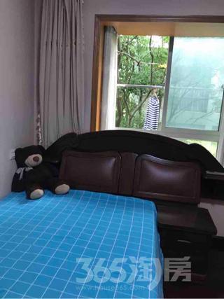 九龙雅苑3室2厅2卫35平米合租精装