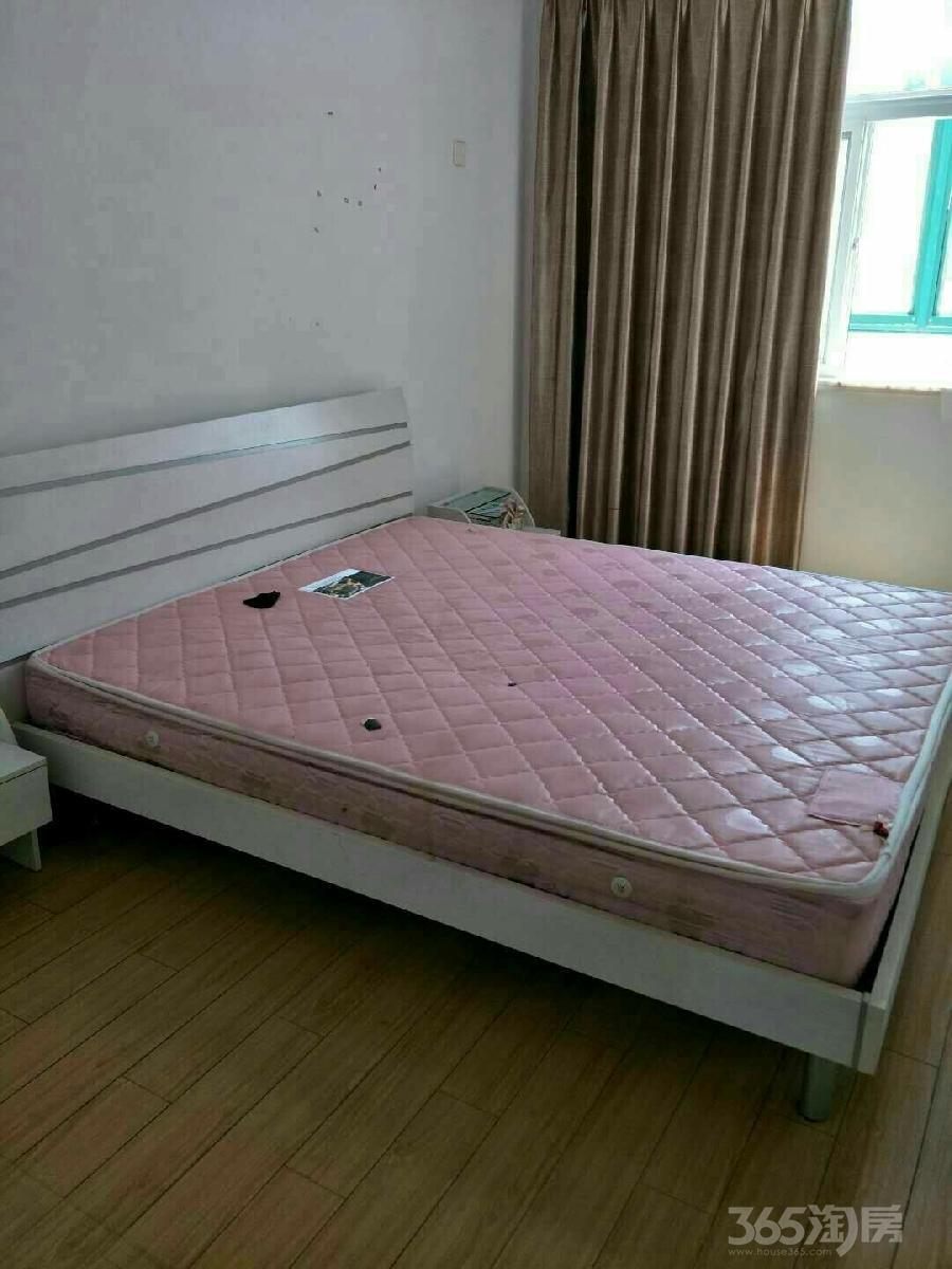 江南御花园3室1厅1卫80平米整租精装