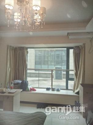 艾溪湖北路和高新七路交汇处 恒大名都SOHO公寓