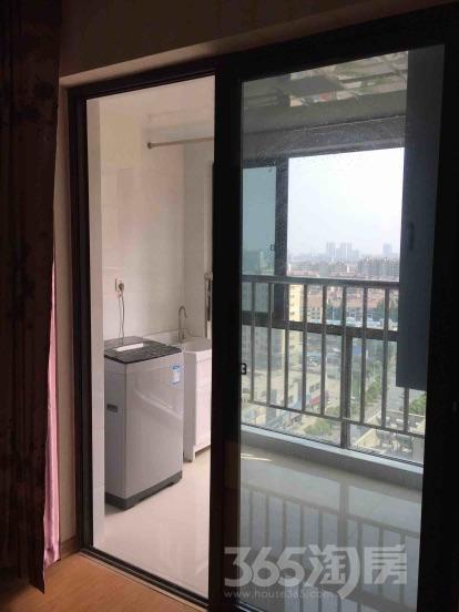 香江世纪名城1室1厅1卫47平米整租豪华装