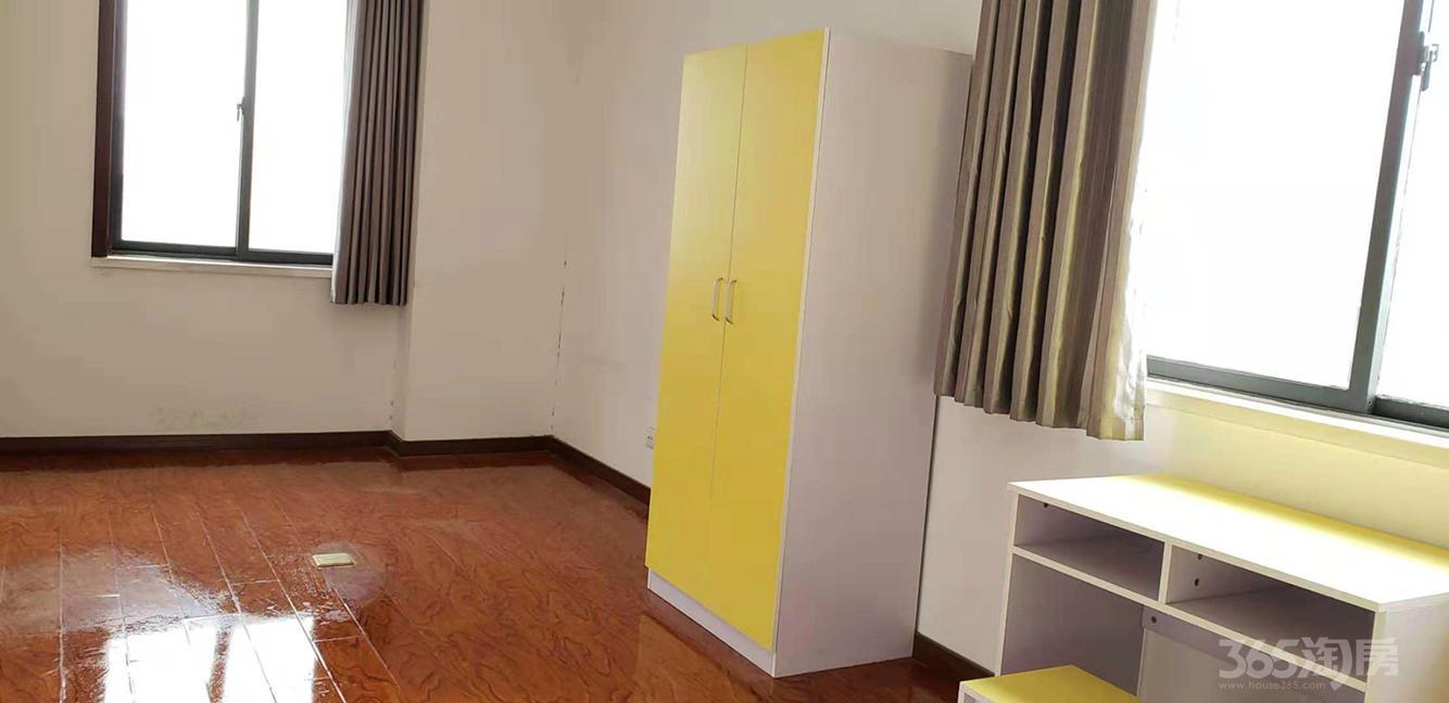 数字空间3室1厅2卫20平米合租简装