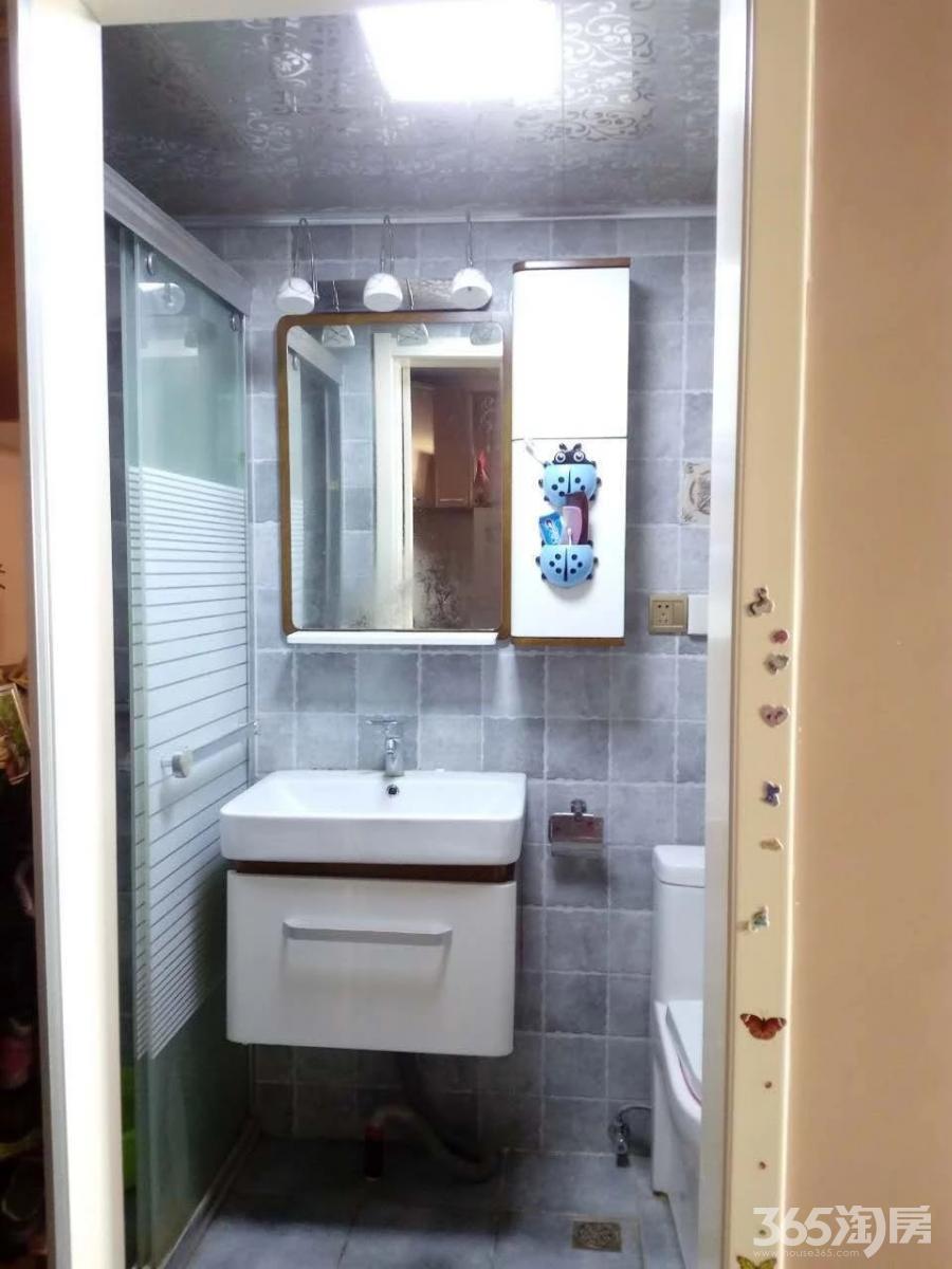 中南园1室2厅1卫59.24平方产权房精装