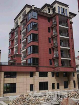 宇洋花苑3室2厅2卫114平米毛坯使用权房2014年建