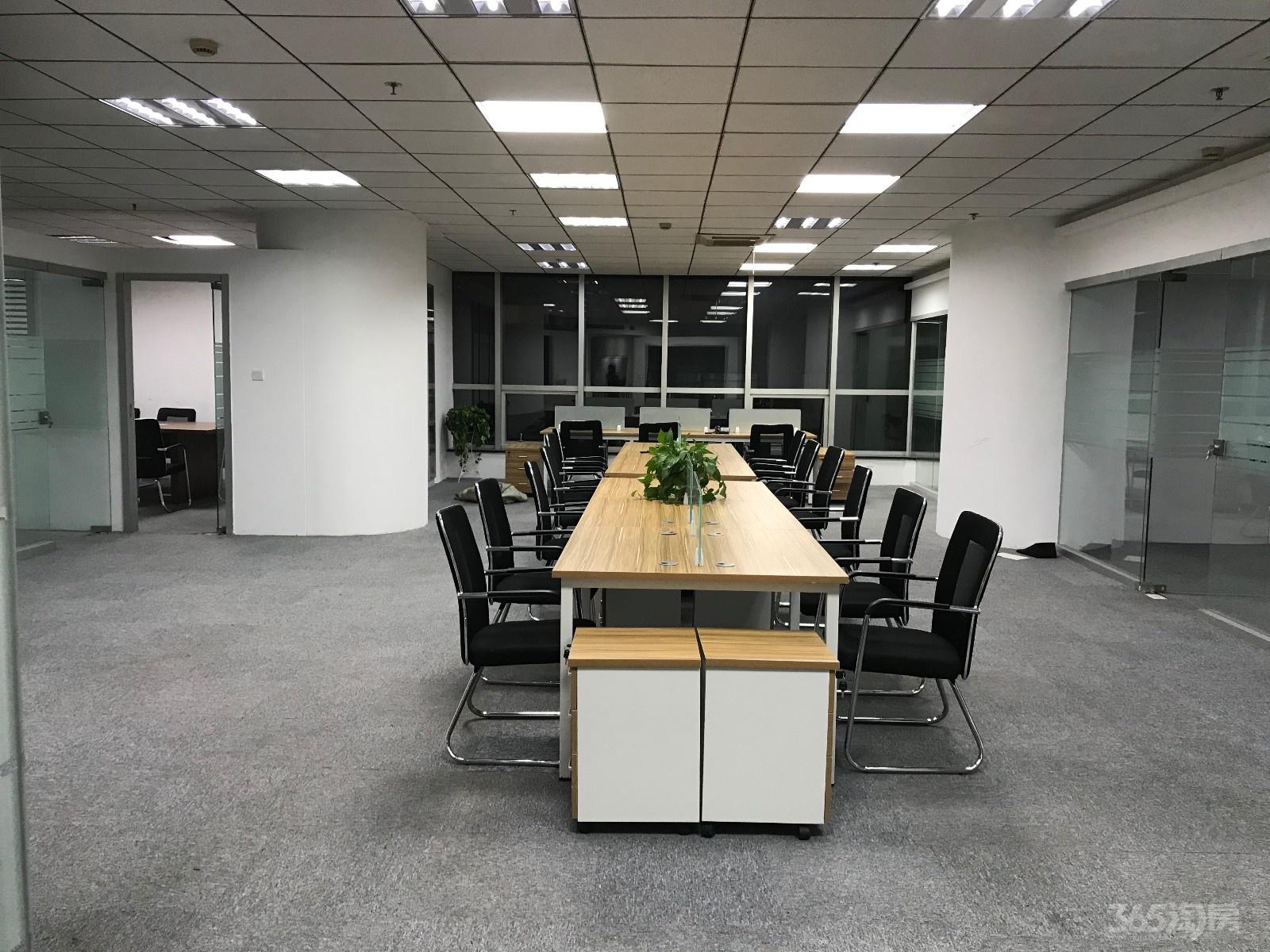 福鑫大厦300平米整租精装(房主直租、可面议)
