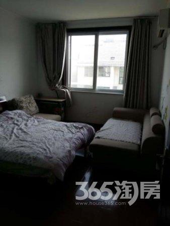 金东城世家3室2厅2卫130平方产权房精装