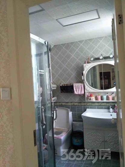 五一花园2室2厅1卫100平米豪华装产权房2010年建
