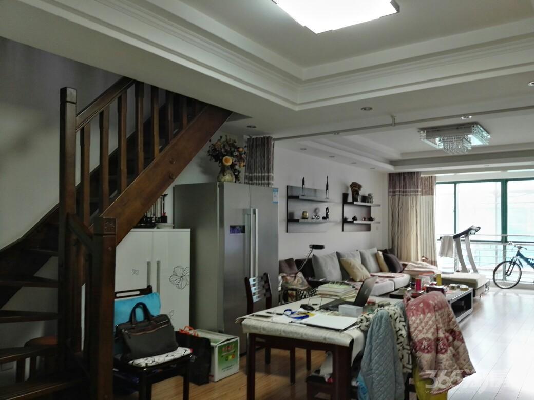 东南花苑5室3厅2卫210平米合租豪华装