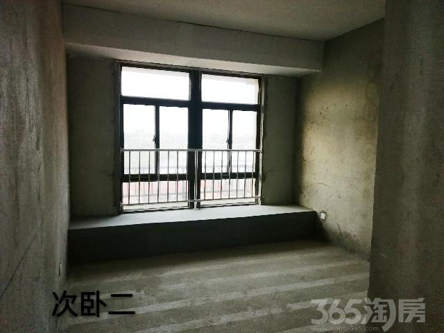 景臣御园3室2厅2卫135.15�O2016年满两年产权房毛坯