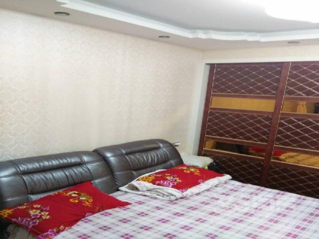 星河国际2室1厅1卫88�O整租精装