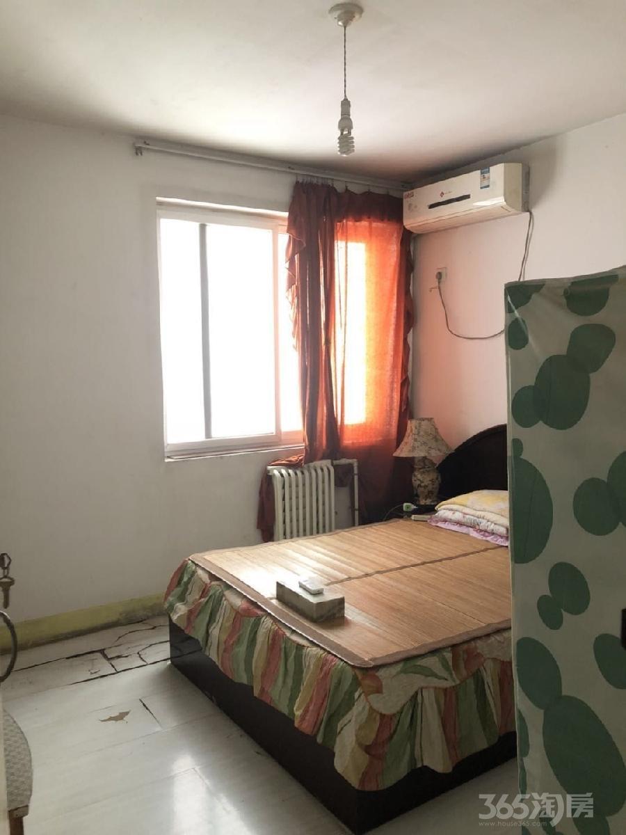 西安恒立苑小区4室2厅2卫165平米2010年产权房简装