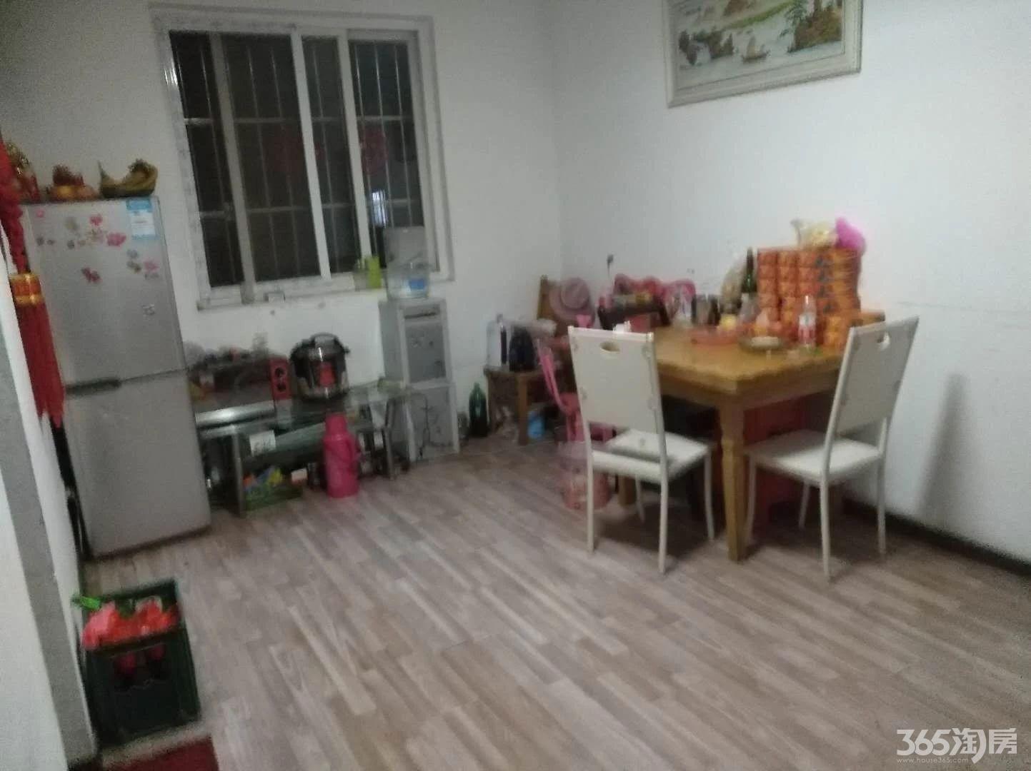 宋滩小区2室1厅1卫68平方使用权房简装还原房