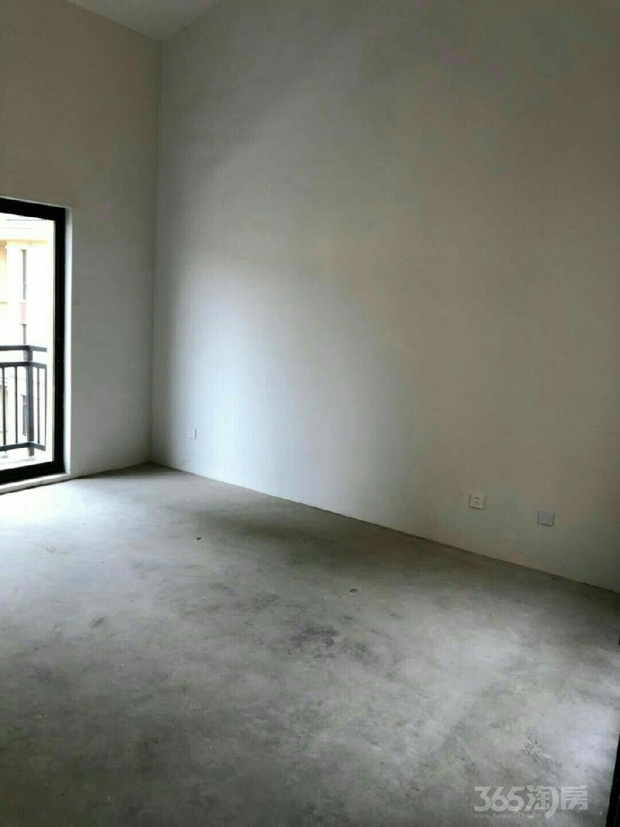 明发江湾新城6室2厅3卫150平米2018年产权房毛坯
