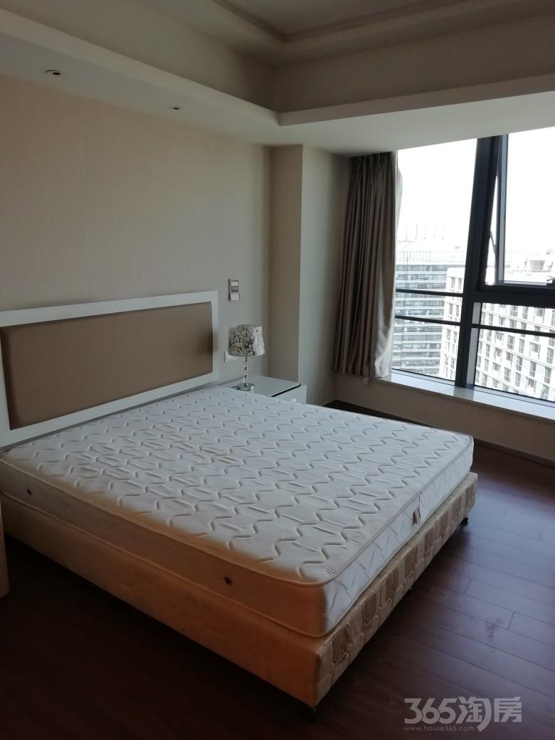 凤凰国际公寓1室1厅1卫76平米整租精装