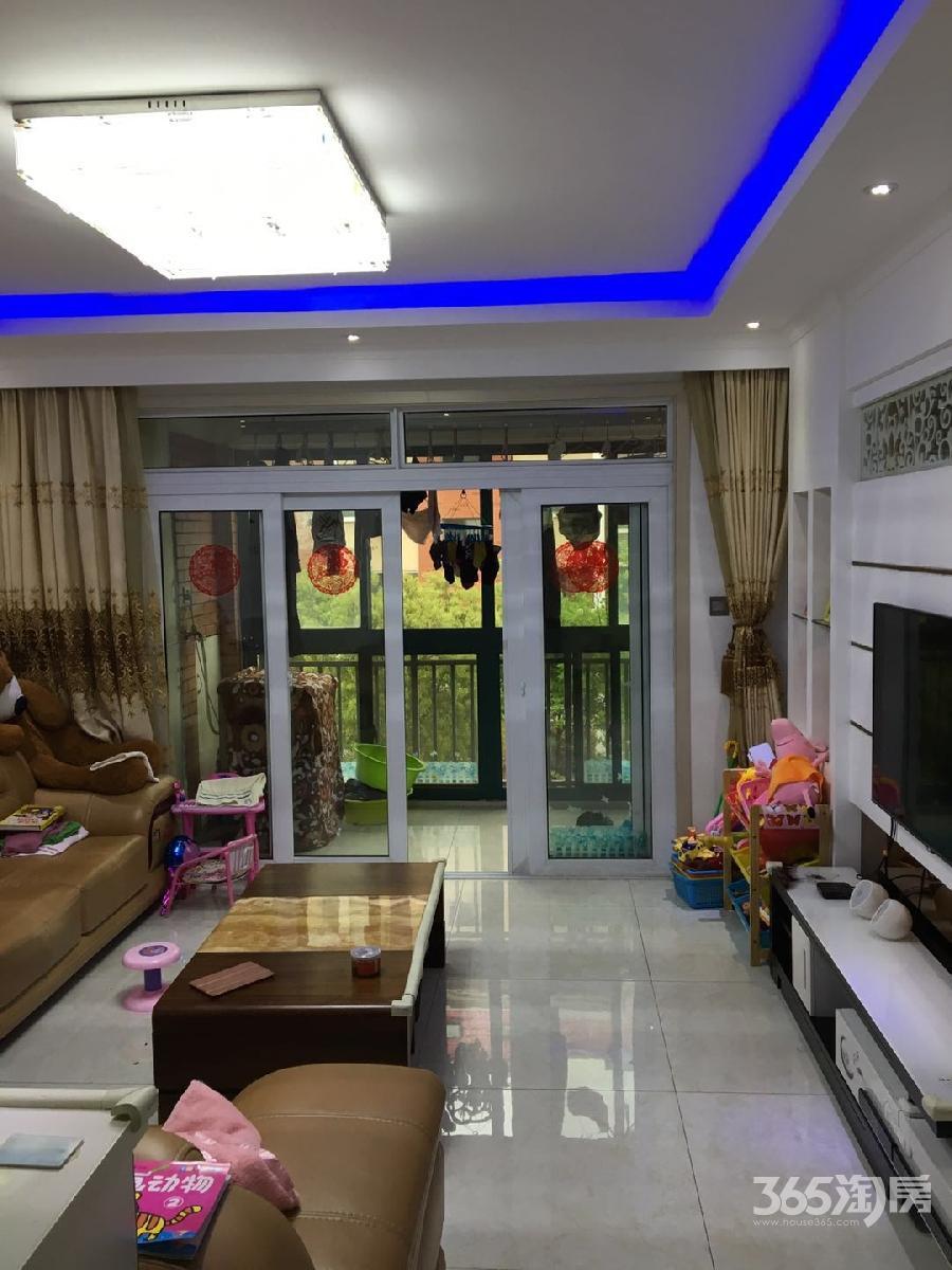 永盛花园3室2厅2卫113.65平方产权房精装