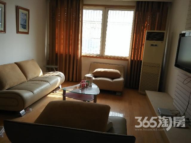 新华文沁苑3室2厅1卫125㎡整租精装
