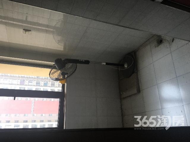 缤纷南郡2室2厅1卫80�O整租简装个人房源