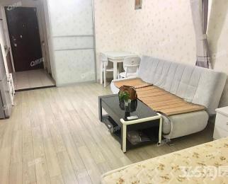 精装单室套 诚心出租 看房随时 楼层好 配套齐 门口公交地铁