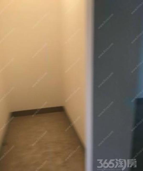 亚东紫檀3室2厅1卫139.13�O毛坯(同行,中介勿扰)