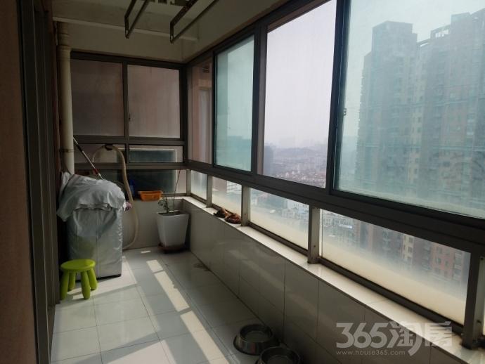 世茂滨江花园3室2厅1卫168.2平米2010年产权房豪华装